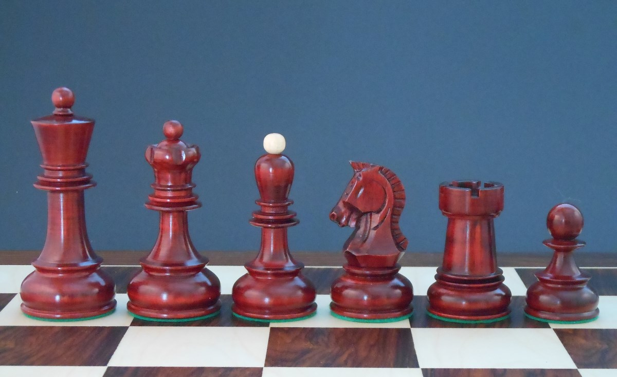 Anyone Collect Zagreb Style Chess Sets