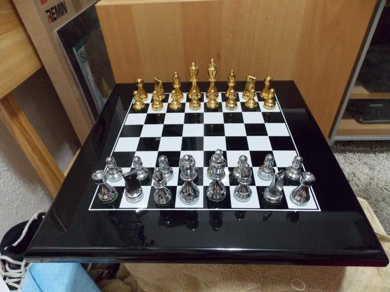 on a curious note some years after acquiring the metal chess set i was playing chessmaster and notice this odd coincidence the steel set in chessmaster
