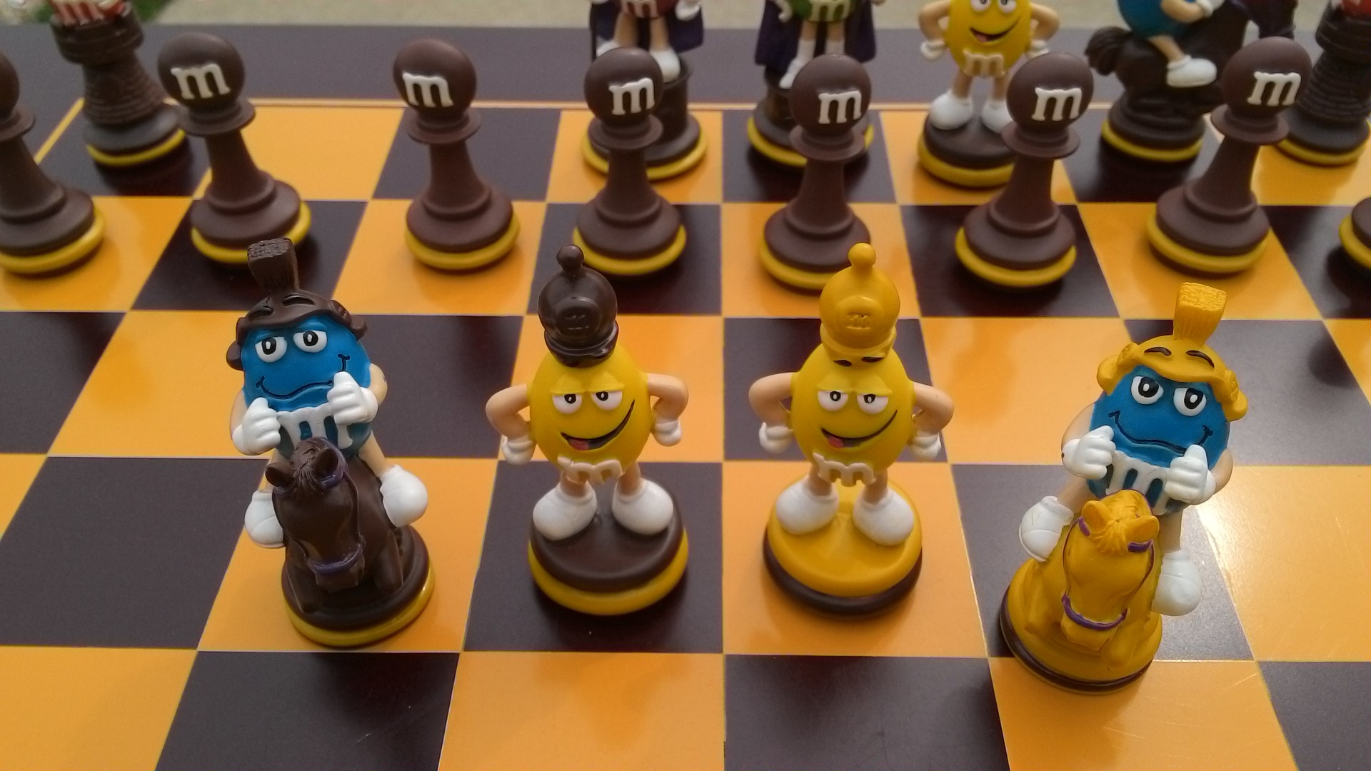 Cute chess set - Ceramic chess sets for sale ...