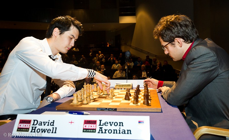 David_Howell_Lev_Aronian_LCC2011_Rd8.jpg