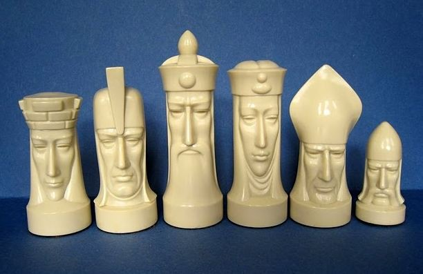 Novelty chess sets - Simple chess set ...