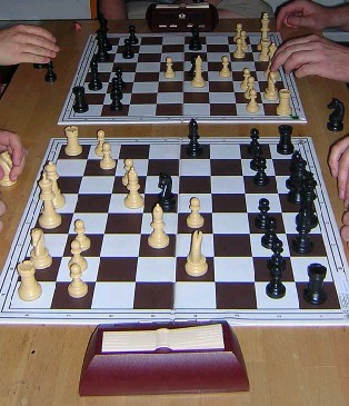 File:Bughouse game.jpg