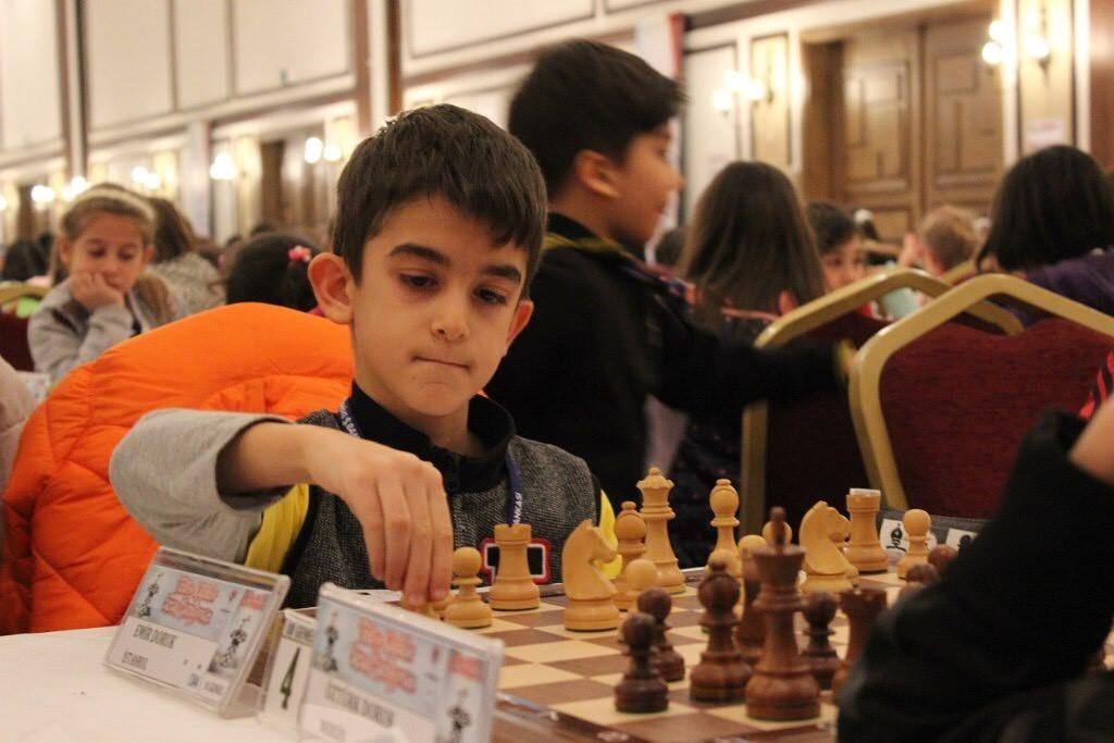 doruk emir chess ile ilgili görsel sonucu