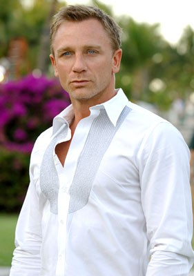 daniel_craig_dress_shirt.jpg