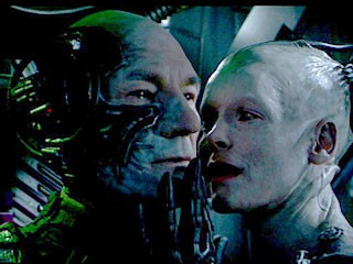http://www.startrek.com/legacy_media/images/200508/mov-008-locutus-with-queen/320x240.jpg