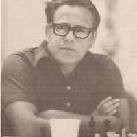 Bisguier Uses Four Pawns to Attack Fischer's KID