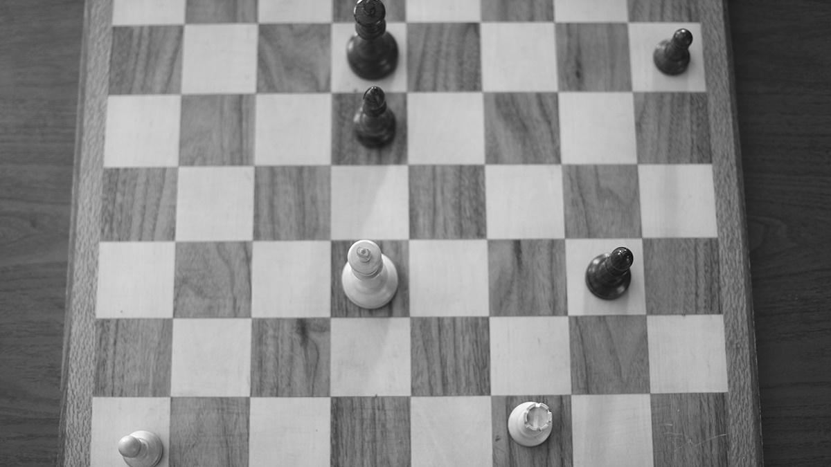 Chess Endgames | 10 Principles for Beginners - Chess com
