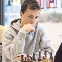 Chess.com Player Profiles: Janosik