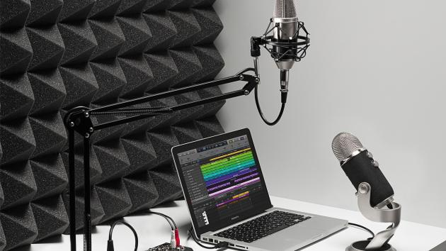 Chess Goes Podcasting: Listen To Your Favorites