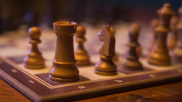 Cómo prepararse para jugar una partida de ajedrez