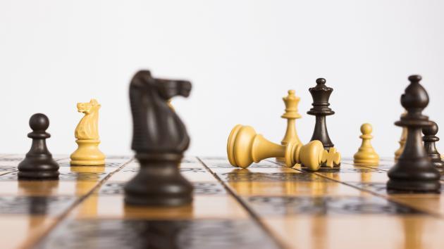 Tu primer set (tablero + piezas) de ajedrez