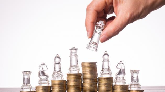 Похожи ли шахматные фигуры на криптовалюты?
