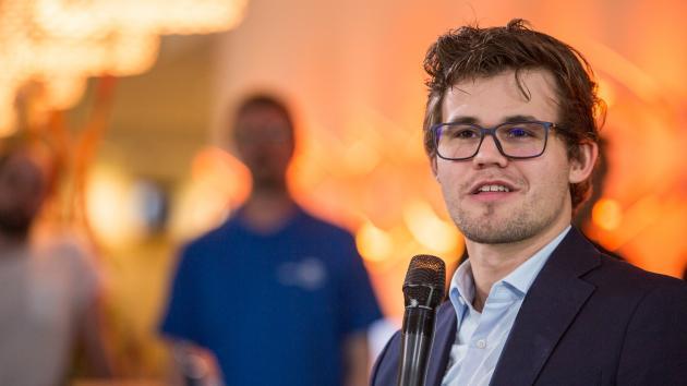 Tu vs Magnus Carlsen