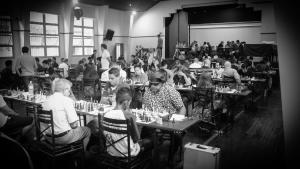 Como é o jogo de xadrez nas competições ao vivo?