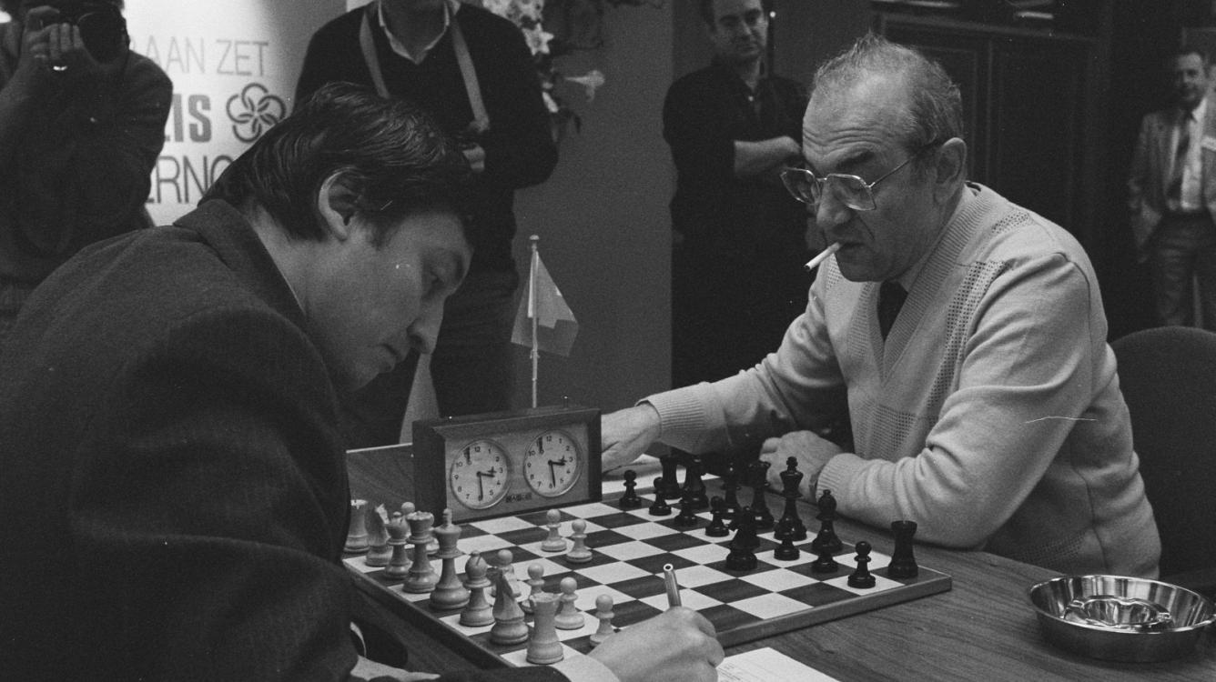 Anti-Chess: The Most Exciting Moment In Karpov Vs Korchnoi