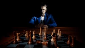 Как стать мастером по шахматам?