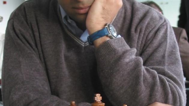 loves_chess