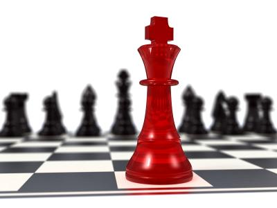 Attacking Chess: The Uncastled King
