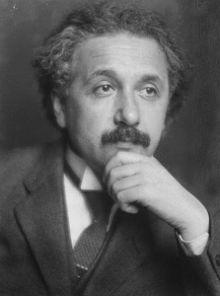 Albert Einstein Plays the Ruy Lopez Opening