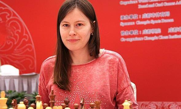 Pogonina Becomes the Official Ambassador of Chess Heroz