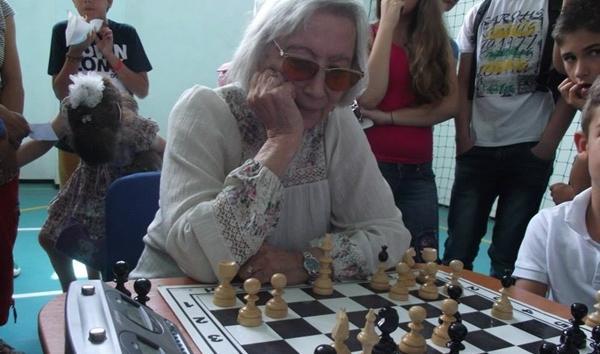 (9) In Memoriam WGM Elisabeta Polihroniade, Romania