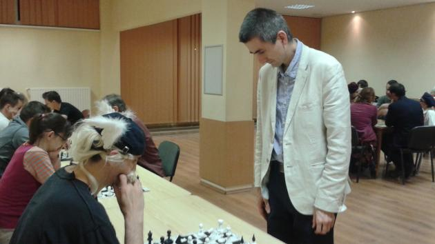 Simul on Monday with International Master Attila Turzo