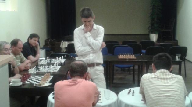 Simul on Thursday with International Master Attila Turzo