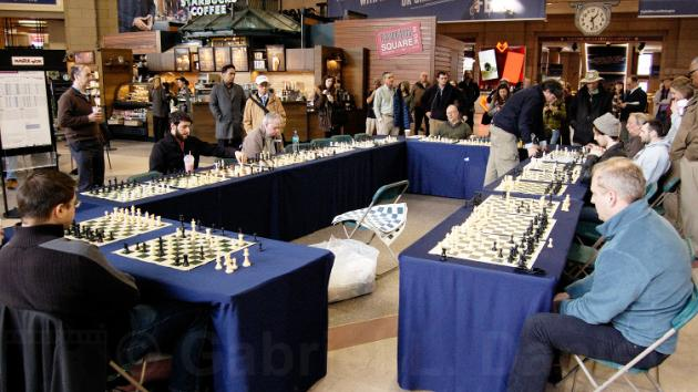 GM Larry Christiansen's simul at South Station, Boston