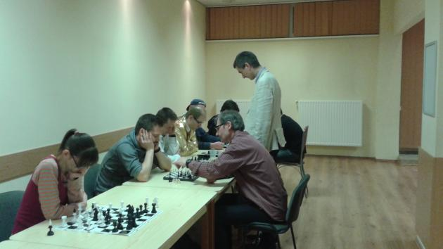 Simul with International Master Attila Turzo today, on Friday at 8:00 pm London time