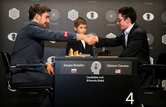 Rook Sacrifice For Mate, Karjakin vs. Caruana, Moscow 3-28-16