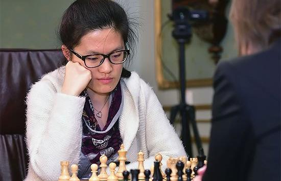 Interview with Hou Yifan