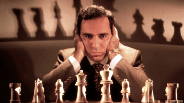 Kasparov ripping apart Sicilian Defense in 12 moves
