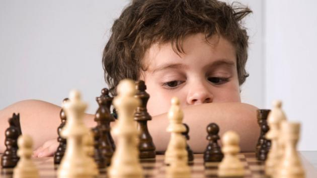 World's first Wooden Starter Chess Learning Kit for Kids is Here