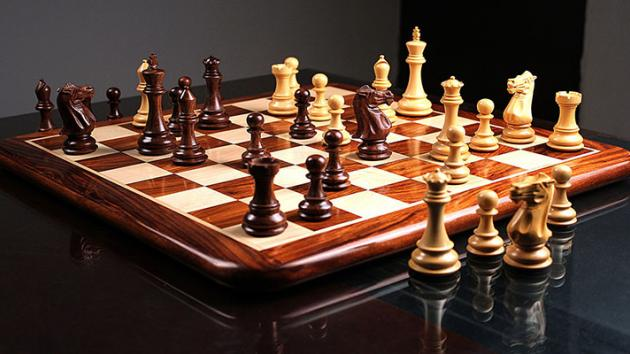 Why Buying a Wooden Chess Set from chessbazaar is a Good Idea
