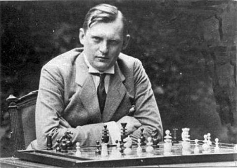 Alekhine's sacrifices in a blindfold game