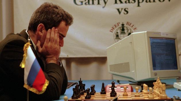Каспаров против компьютера - новое видео!