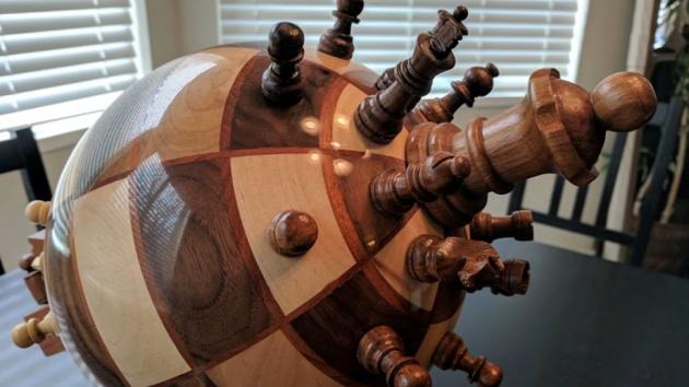 TRY AND WRAP YOUR BRAIN AROUND THIS FUNCTIONAL CHESS GLOBE