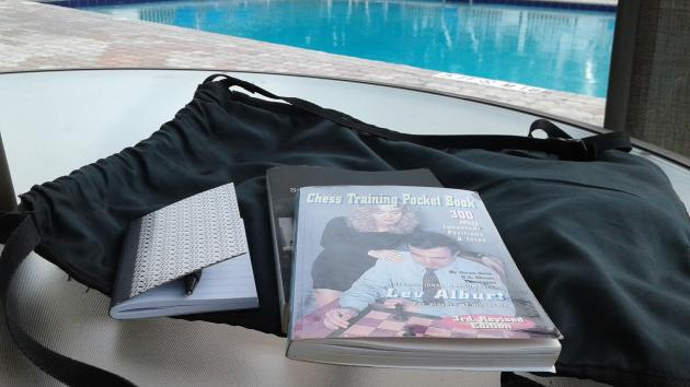 A little Lev Alburt poolside