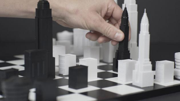 Peças de xadrez são desenhadas como edifícios icônicos de Nova York