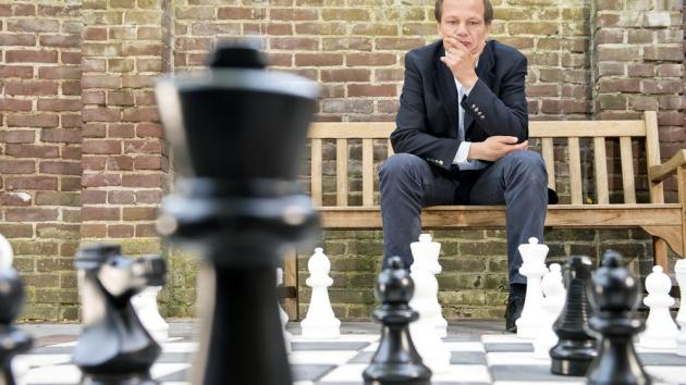 Chess and Neuro-Spasticity