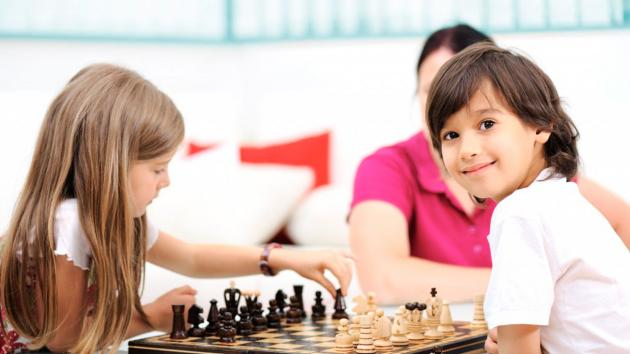 Chess for kids, play and learn in Shanghai !