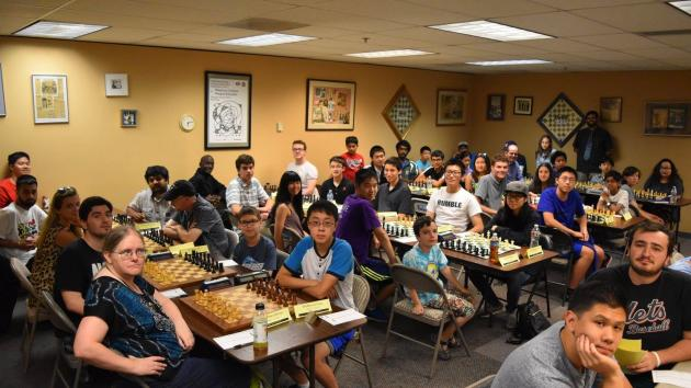 Odd pairings, odd game: Seattle Chess Classic Round 1