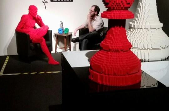 Exhibition of leggo homenage or chess.