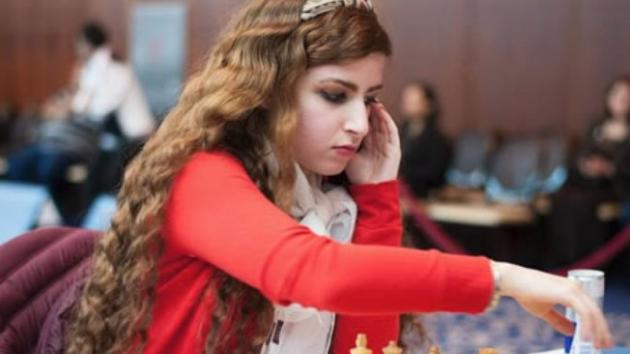 Jovem é banida do time de xadrez do Irã por recusar-se a usar véu islâmico