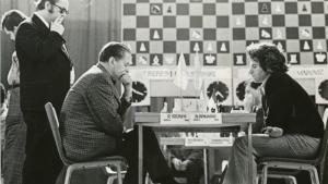 Keres's One Move Knockout (Keres vs Spassky, Gothenburg, 1955)'s Thumbnail