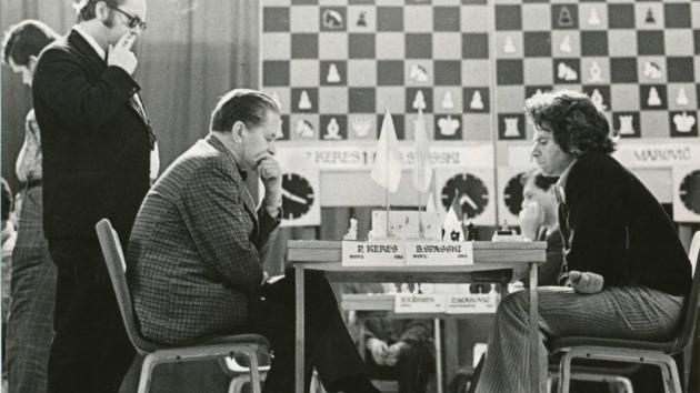 Keres's One Move Knockout (Keres vs Spassky, Gothenburg, 1955)