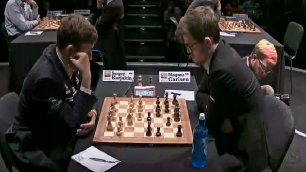 KARJAKIN vs CARLSEN - London Chess Classic 2017 Round 2