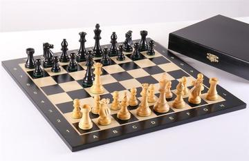Midnight Club Wooden Chess Set