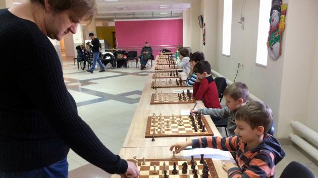 Simul in the TWO ROOKS Odessa chess club