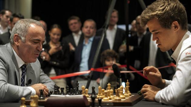 Magnus Carlsen Faces Kasparov for the First Time